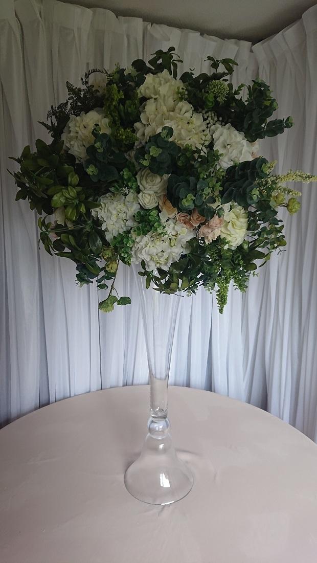Extra-large-white-hydrangea-and-foliage