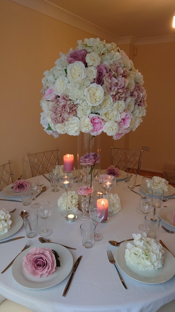 Full-white-and-pink-floral-display