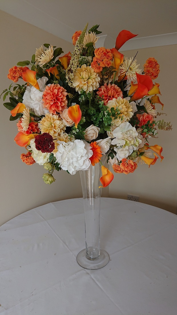 Summer-Zinnia-and-Lily-display