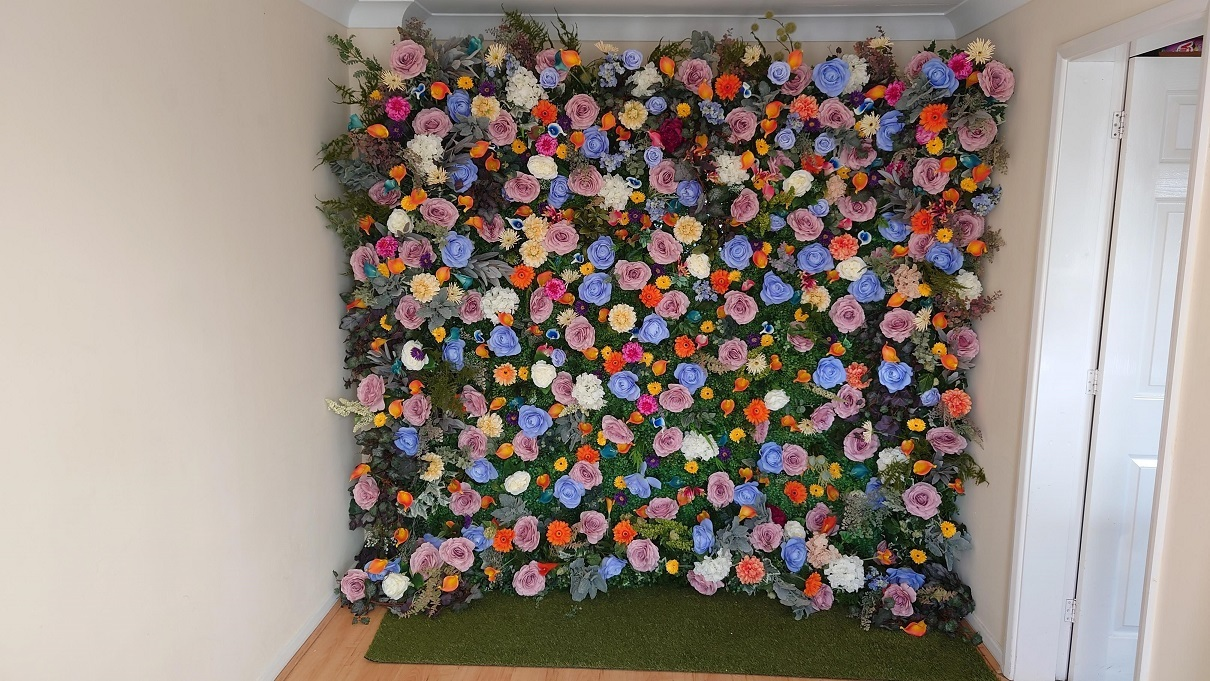 Summer-flower-wall