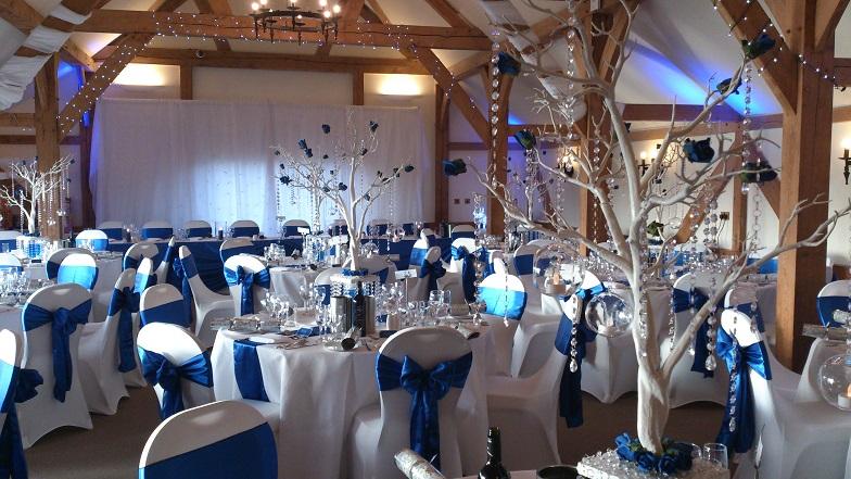 Sandhole Oak Barn Venue Dressers Wedding